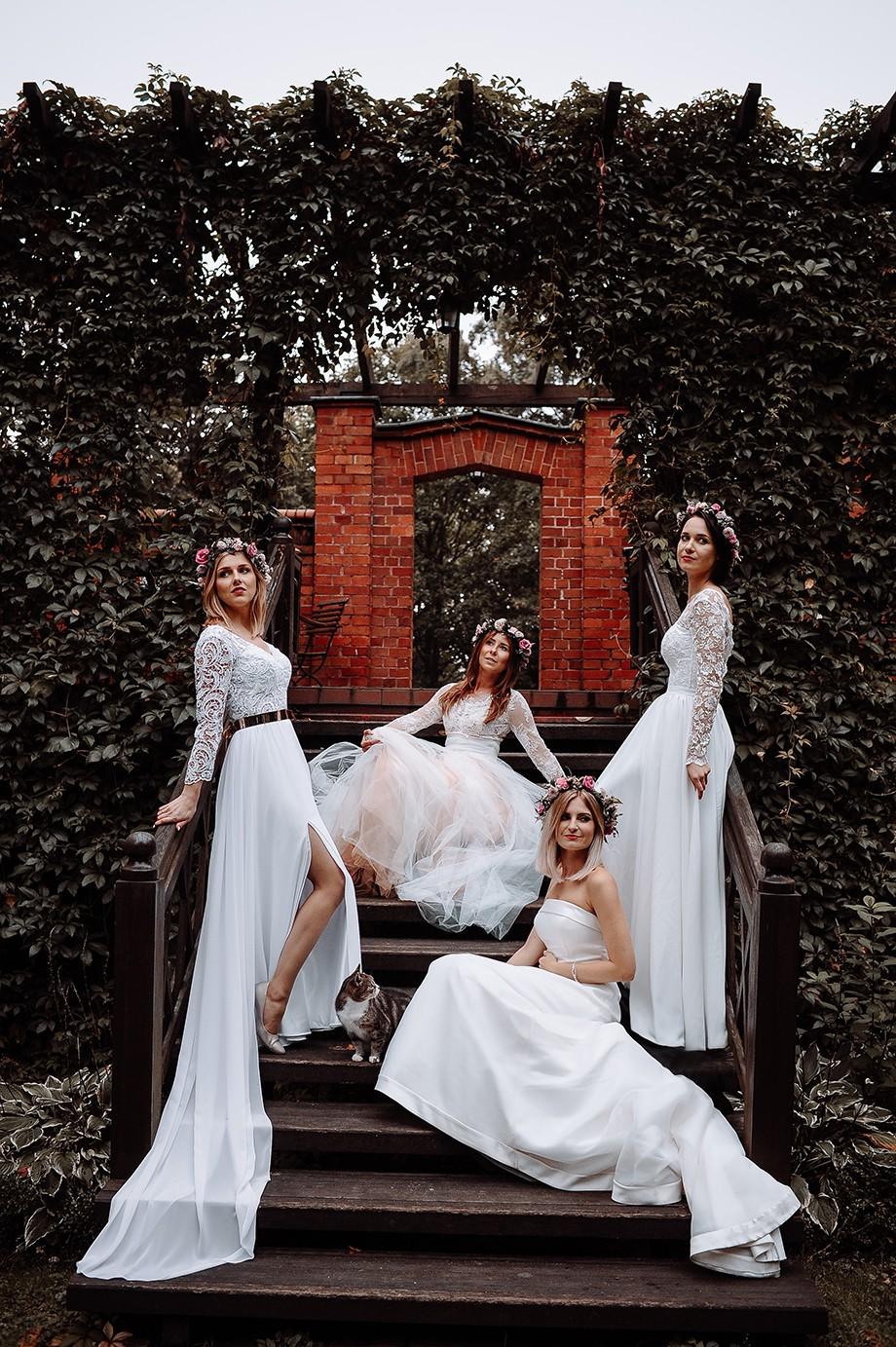 Cztery Suknie