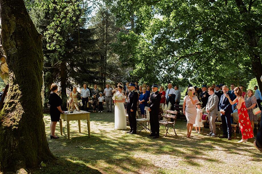 Plenerowy ślub w Dworze Dawidy